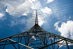 BS-6428 (b.stefanowitsch) Tags: blue sky sun sunlight white industry clouds himmel wolken blau sonne industrie sonnenstrahlen sunray gegenlicht hochspannungsleitung sonnenlicht kumulus