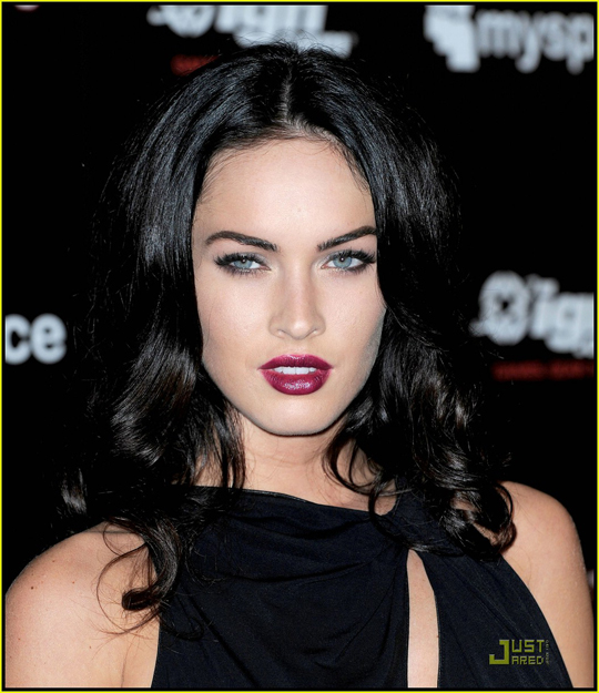 megan-fox-comic-con-2009-16