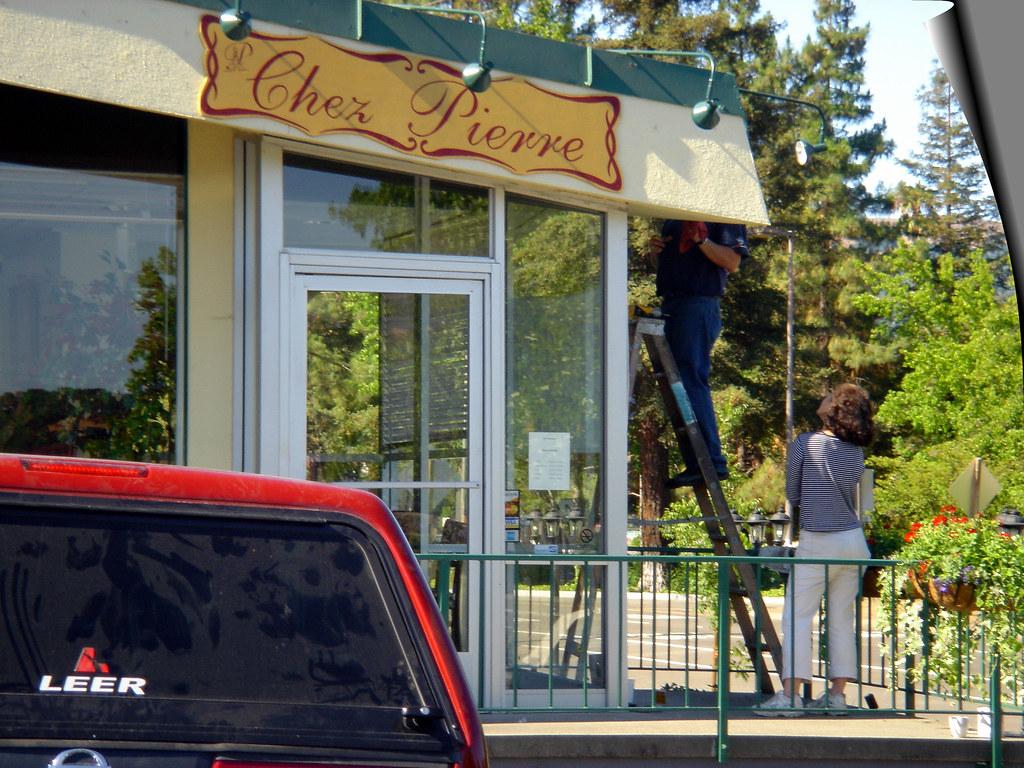 Chez Pierre Closes
