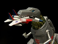 Grimlock vs Starscream