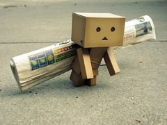 Getting the Newspaper (willycoolpics.) Tags: news cute paper toy newspaper action driveway figure picnik danbo revoltech danboard