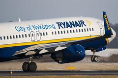 EI-DAF - Ryanair - Boeing 737-8AS (737) - Luton - 090106 - Steven Gray - IMG_5100