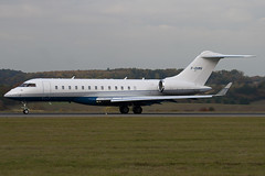 F-GVMV - 9202 - Private - Bombardier BD-700-1A10 Global Express XRS - Luton - 091029 - Steven Gray - IMG_3086