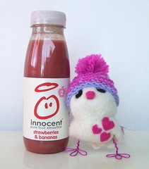 Big knit! 002 (feltmeupdesigns) Tags: charity cute innocent hats smoothies ageconcern bigknit kintbirds