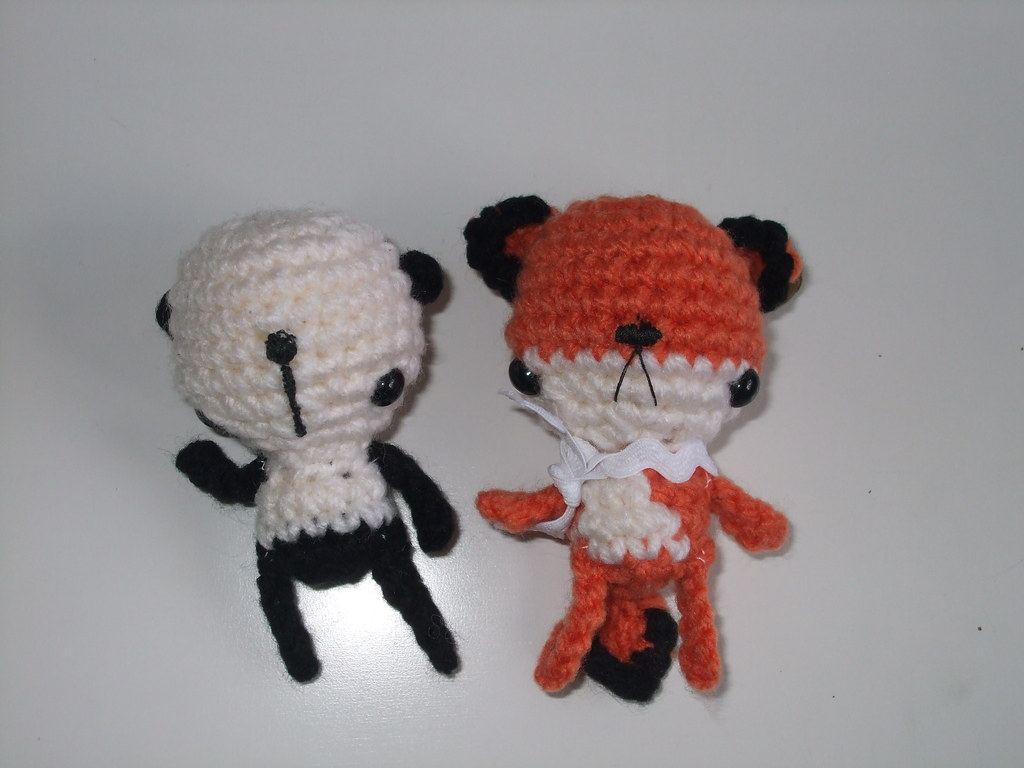 Amigurumi Panda Rojo : The Worlds Best Photos of amigurumi and zorro - Flickr ...