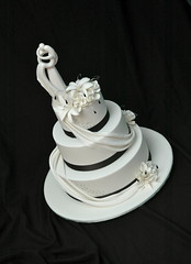 Black and white with porcelain topper (franjmc) Tags: wedding roses white black cake lilies drape cachous