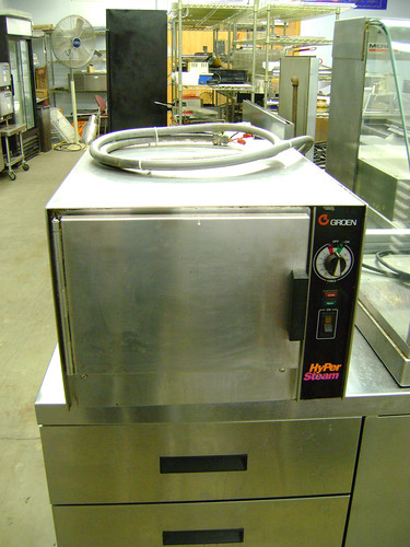 Groen HyPerSteam Convection Steamer Used in Frederick Maryland