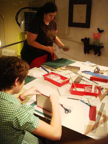 Flag book workshop at Duduá