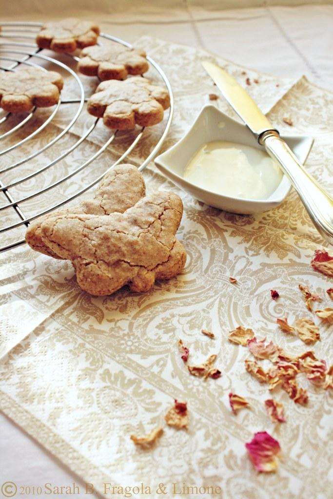 biscotti rosa 2