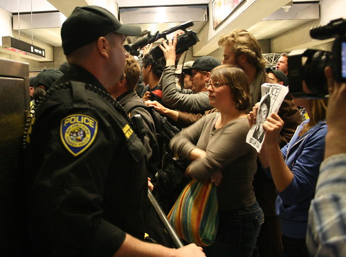 BART protesters pack Embarcadero BART station