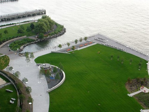 A view of the new section of Gantry Plaza State Park in Queens. (Images courtesy ESDC)