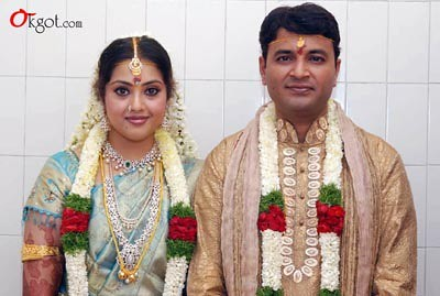 Wedding photo of Vidyasagar and actress Meena
