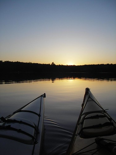 Kayak sunset. Flickr Photo Credit: ArmyRugby