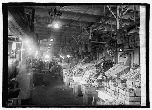 Center market interior ca. 1922