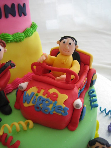 Terrific The Wiggles Birthday Cake Car A Photo On Flickriver Birthday Cards Printable Opercafe Filternl