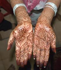 Marudhani (Velachery Balu) Tags: engagement hands mehndi marudhani pavithra 07092009