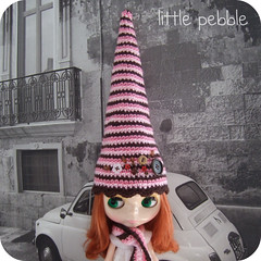 Blythe Gnome Hat and Matching Scarf Set (pink and brown)