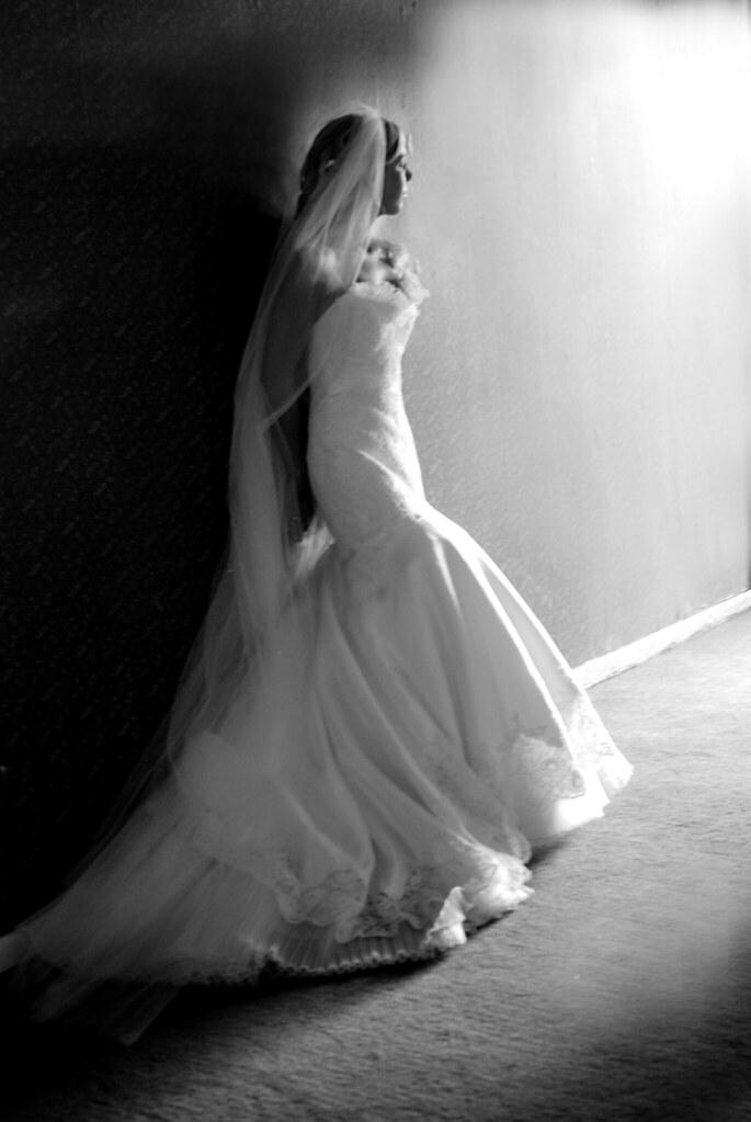 Bliss Weddings - Bride portrait