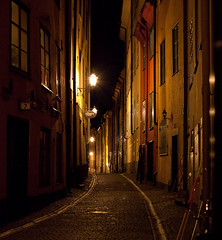 Old Stockholm (orlando72) Tags: street old city lamp canon eos alley sweden stockholm centre gamlastan scandinavia cobbles narrow eos5d2 5d2
