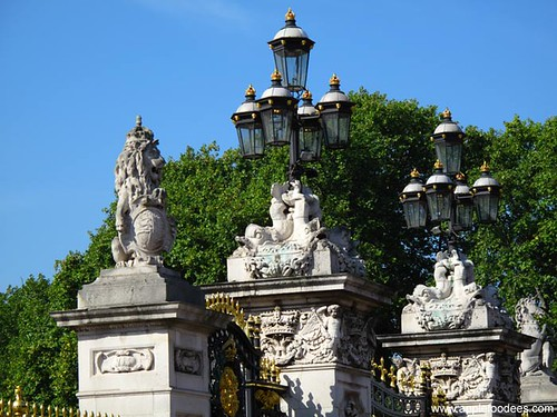 Buckingham Gate 2
