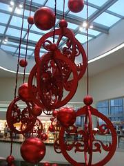 Giant Christmas balls (munsterinc) Tags: christmas sm mallofasia
