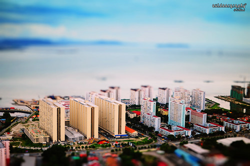 Miniature: Flats, Apartments, Condos? (by Sir Mart Outdoorgraphy™)