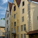 Tallinn: Three Sisters in Old Town