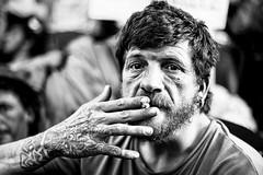 un hombre que ha vivido mucho mundo (Fabio McCaree) Tags: madrid street portrait nikkor 18 50 d700