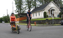 Cirque du Cycling_1 (METROFIETS) Tags: green beer bicycle oregon garden portland construction paint nw box handmade steel weld coat transport craft cargo torch frame pdx custom load cirque woodstove builder haul carfree hpm suppenkuche stumptown paragon stp chrisking shimano custombike cargobike handbuilt beerbike workbike bakfiets cycletruck rosecity crafted 4130 bikeportland 2011 braze longjohn paradiselodge seattlebikeexpo nahbs movebybike kcg phillipross bikefun obca ohbs jamienichols boxbike handmadebike oregonhandmadebikeshow nntma hopworks metrofiets cirqueducycling oregonmanifest matthewcaracoglia palletbike oregonframebuilder seattlebikeshow bikefarmer trailheadcoffee cargbikerace