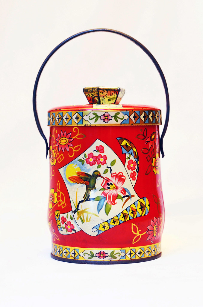 Murray Allen Hummingbird Tin in Red