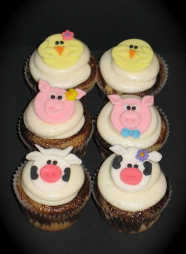 Petting Zoo Farm Animal Cupcakes A Photo On Flickriver