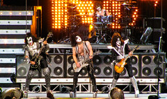 KISS Concert in Montreal - Kiss Alive 35 Tour (Anirudh Koul) Tags: rock concert kiss montreal genesimmons paulstanley centrebell bellcenter ericsinger tommythayer kissalive35 lastfm:event=932521 upcoming:event=2888213