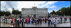 Buckingham Palace panorama (xnir) Tags: panorama house london westminster palace queens buckingham nir the  benyosef xnir  photoxnirgmailcom