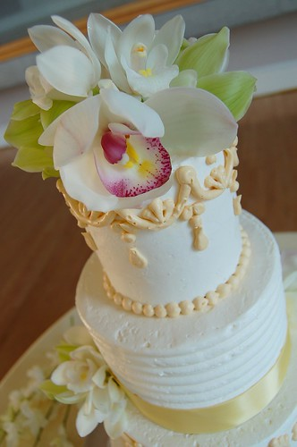 Nadia & Peter's Wedding cake - close up