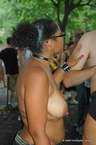 : public, york, columbus, city, 2009, breasts, topless, circle, central, go, new, park, national, nudity, day, nycrollas