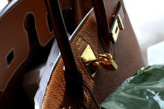 (Mariam GENEVA *) Tags: london bag gold harrods camel hermes birkin summer09