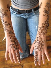simple arabic style bridal henna (HennaLounge) Tags: wedding bride gulf indian arabic sikh bridal henna mehndi khalijee