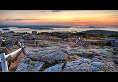 Cadillac Sunrise (what do non flickrers do with their photos?) (moe chen) Tags: ocean park panorama mountain water bar sunrise dawn islands harbor desert maine sigma cadillac mount national moe 1020 porcupine acadia pseudo moe76