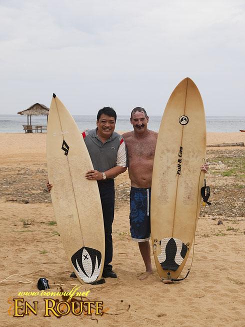 Puraran Mayor and Foreign Surfer