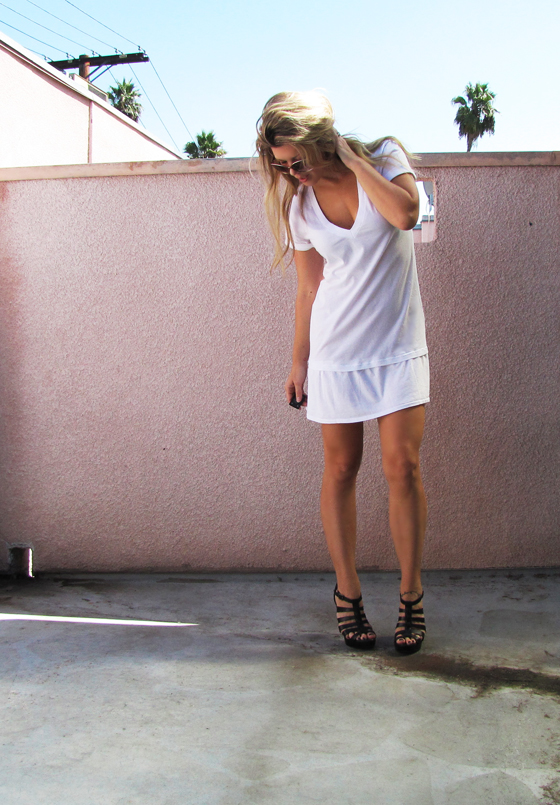 DIY-v-neck-t-shirt-dress-8