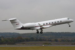 N661CP - 5104 - Private - Gulfstream G550 - Luton - 091021 - Steven Gray - IMG_2711