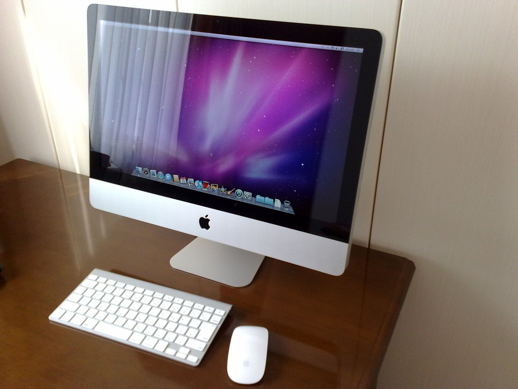 初Mac, 初iMac
