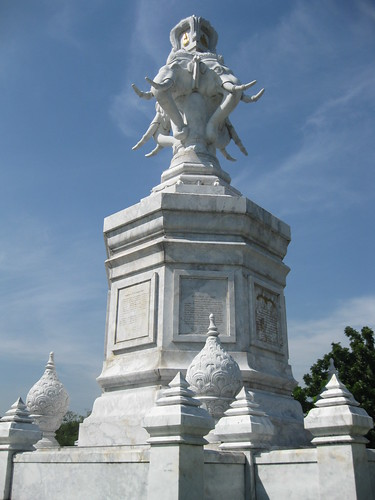 Random monuments in Bangkok