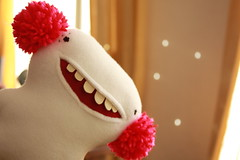 Whitey Radetsky IV (super ninon) Tags: cute smile monster handmade teeth kawaii decor ninon pompoms characterdesign handmadetoy lesmonstris