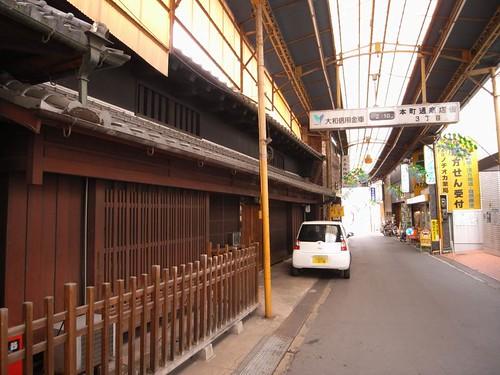 桜井市の商店街-24