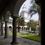 Quito: Claustro de San Agustín, S. XVII