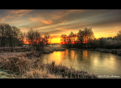 Harmstorfer Teich (PhotoArt Hartmann) Tags: winter sun sunrise canon eos frost jan sigma 1020mm teich sonne hartmann sonnenaufgang photoart hdr lneburg gefroren dahlenburg photomatix 7exp 400d anawesomeshot harmstorf