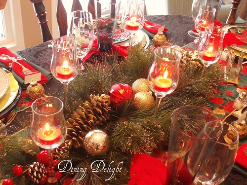 Christmas Table Setting with Holiday Decorations. The centerpiece was created using a faux greenery swag that has some gold spray on the & red and gold christmas table decorations | My Web Value