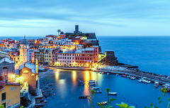 Vernazza (PokemonaDeChroma) Tags: vernazza cinqueterre liguria italy dusk longexposure leebigstopper canon 6d sky sea village church castle boat hill light illumination morning