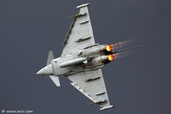 RAF Typhoon RIAT 2009 (xnir) Tags: tattoo canon photography eos israel is photographer aviation air royal international eurofighter 2009 typhoon raf nir riat eads aeronautica  alenia 100400l baesystems benyosef 100400 ef2000 xnir  photoxnirgmailcom